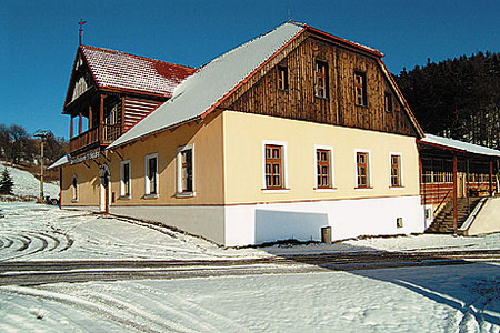 Ubytování Krkonoše - Penzion u lyžařského areálu v Krkonoších - pohled zvenku