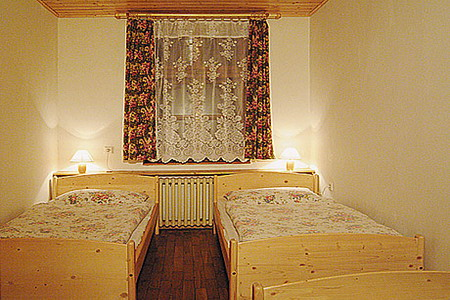 Ubytování Krkonoše - Penzion u lyžařského areálu v Krkonoších - pokoj